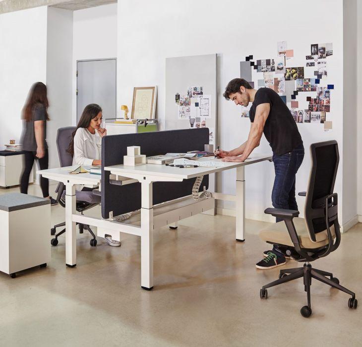 bàn làm việc đứng thay đổi chiều cao
