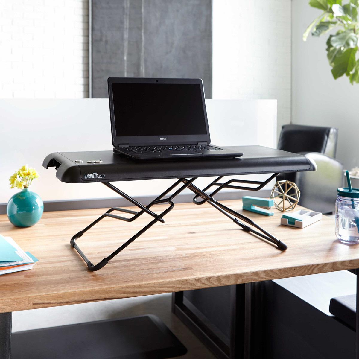 bàn làm việc đứng mini