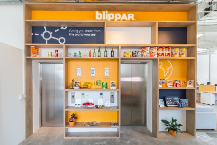 Tham khảo thiết kế văn phòng Blippar - Singapore