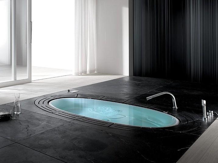 8 kiểu phòng tắm ngoài trời dành cho biệt thự