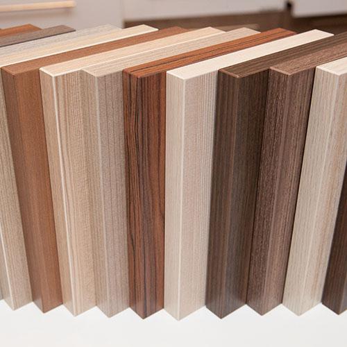 Sử dụng gỗ công nghiệp sản xuất đồ nội thất văn phòng