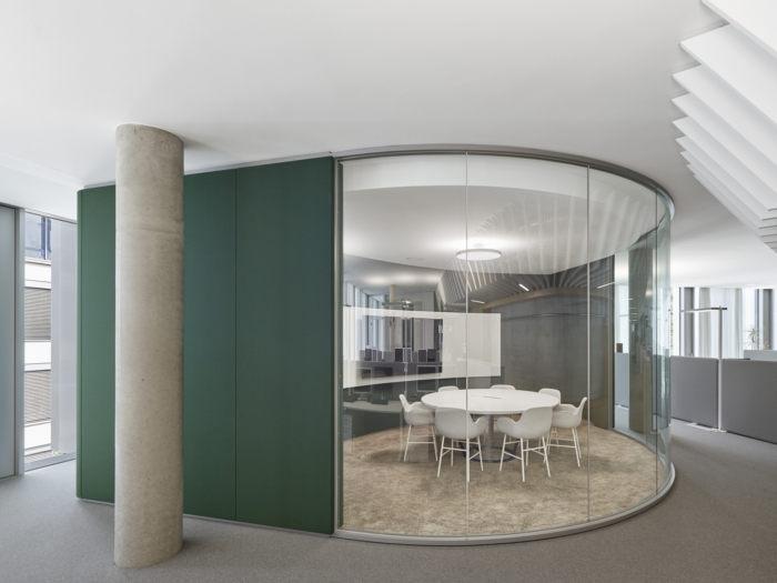 Tham khảo hình ảnh văn phòng trụ sở chính của hãng Bosch