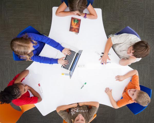 Tham khảo sản  phẩm nội thất linh hoạt dùng trong lớp học
