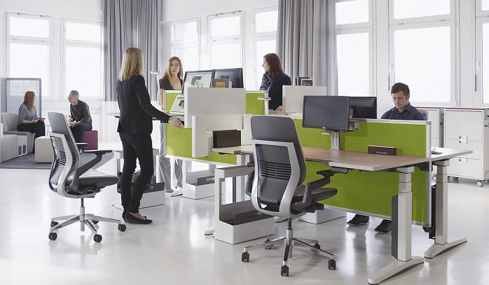 Các loại bàn làm việc đứng sao lại có nhiều giá khác nhau