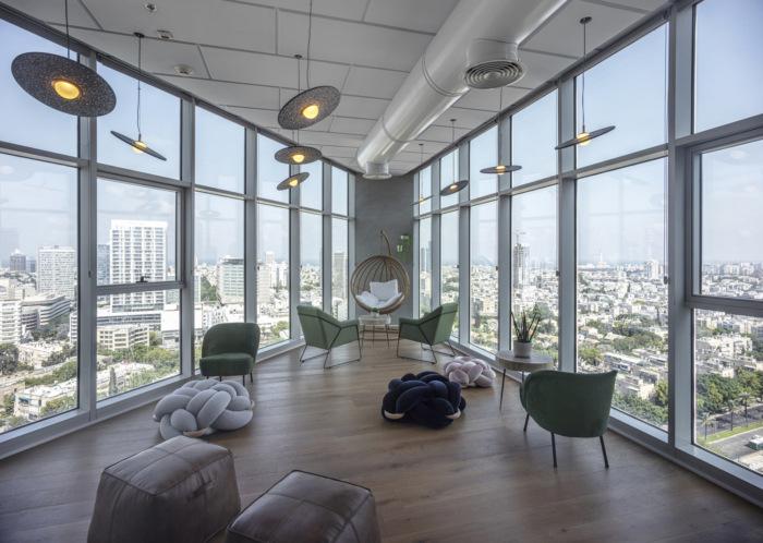 ánh sáng cho văn phòng bằng kính
