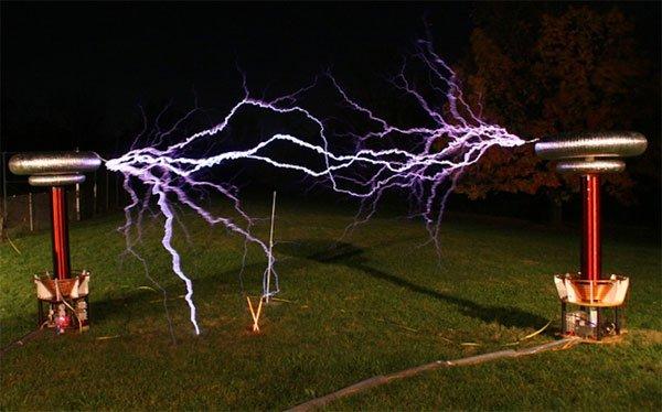 """Có thể bạn chưa biết """"điện không dây"""" hoạt động như thế nào?"""