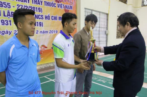 Trao giải hội thao sinh viên