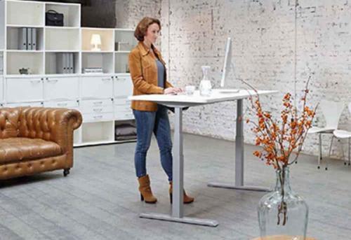 Tìm hiểu về bàn làm việc đứng (thay đổi trạng thái)