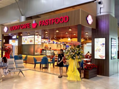 TƯNG BỪNG KHAI TRƯƠNG THÊM GIAN HÀNG LUCKY CAFE & FASTFOOD TẠI CẢNG HÀNG KHÔNG QUỐC TẾ CAM RANH