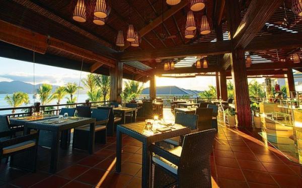 [SIÊU RẺ] Voucher Villa  4 phòng ngủ Vinpearl Nha Trang 3N2Đ + Ăn 3 bữa <b style=color:#b10101;>{Áp dụng cho Vinpearl Nha Trang Bay và Vinpearl Nha Trang Golfland}</b>