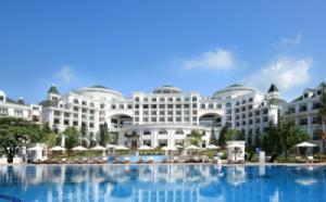 {SIÊU RẺ} Voucher phòng ngủ tại Vinpearl Hạ Long Bay Resort 2N1Đ - Executive Suite + Ăn 3 bữa (Cao điểm giữa tuần)