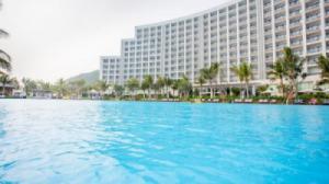 {SIÊU RẺ} Voucher phòng ngủ tại Vinpearl Nha Trang Bay Resort & Villas 2N1Đ - Deluxe Room + Ăn Sáng + Vui chơi không giới hạn tại Vinpearl Land (Thấp điểm)