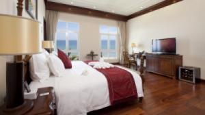 {SIÊU RẺ} Voucher phòng ngủ tại Vinpearl Da Nang Resort and Villas 2N1Đ - Villa 3 bedroom Ocean View+ Ăn 3 bữa (Thấp điểm)
