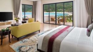 {SIÊU RẺ} Voucher phòng ngủ tại Vinpearl Nha Trang Golf Land Resort & Villas - Deluxe Ocean View 2N1Đ + Ăn Sáng + Vui chơi không giới hạn tại Vinpearl Land (Cao điểm)