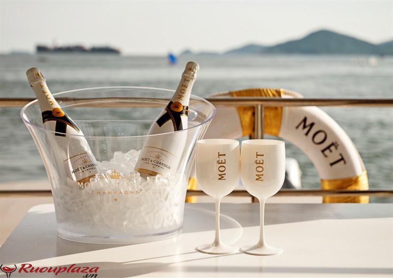 Rượu Champagne Brut Moet Et Chandon