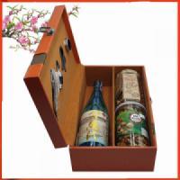 Hộp quà tết Rượu sake vẩy vàng