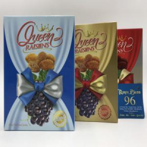 Nho khô đen Queen Raisins hộp giấy 150g