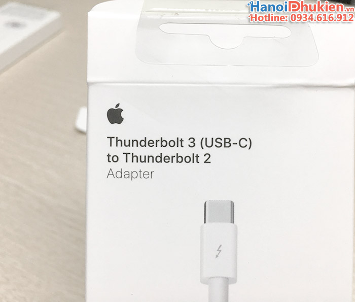 USB-C to Thunderbolt 2 Apple