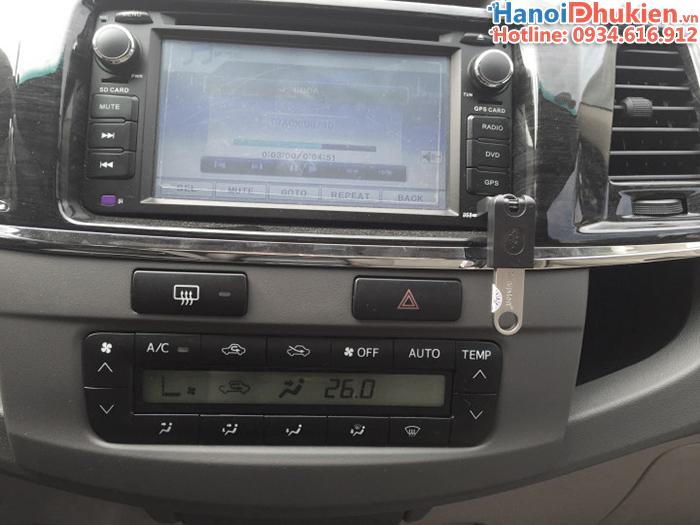 Đầu chuyển đổi USB sang Mini USB OTG cho ô tô, xe hơi