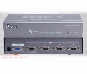 Bộ chia màn hinh VGA 1 ra 4 Dtech DT-7254 hỗ trợ cáp VGA 40M