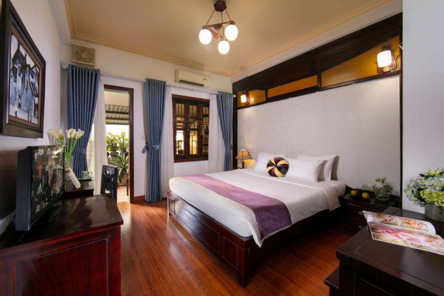 Room 568