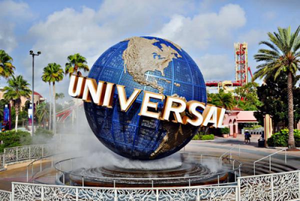 PHIM TRƯỜNG UNIVERSAL CÓ GÌ HẤP DẪN?