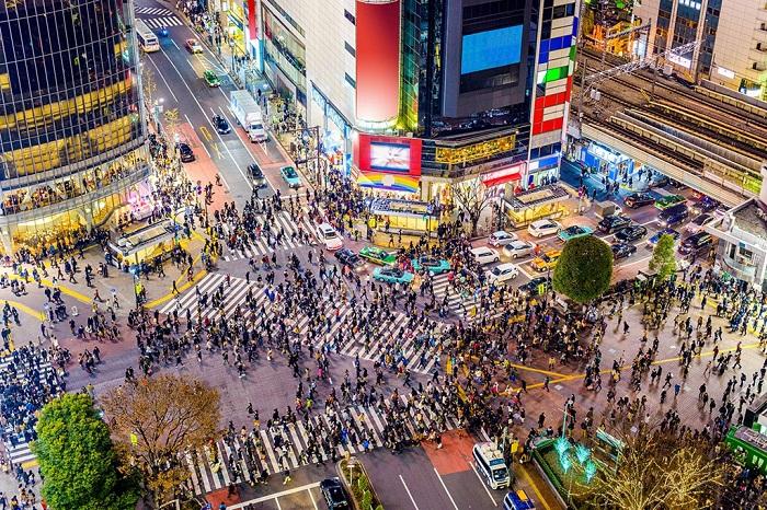 Giao lộ nổi tiếng nhất định phải đến một lần ở Nhật