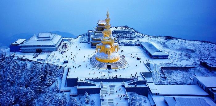 Núi Nga Mi ngập tuyết trắng - điểm du lịch hút khách ở Trung Quốc