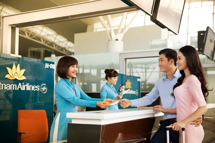 Vietnam Airlines mở quầy check-in riêng cho hành khách theo đoàn
