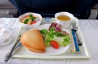 Vài bí kíp nhỏ giúp bạn không bị ốm sau những chuyến bay dài