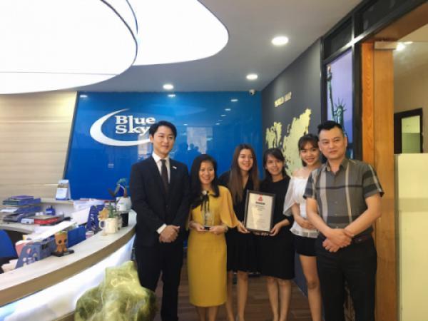 """Blue Sky - Bluetrip nhận giải thưởng """"JAPAN TOURISM AWARD IN VIETNAM 2019"""""""