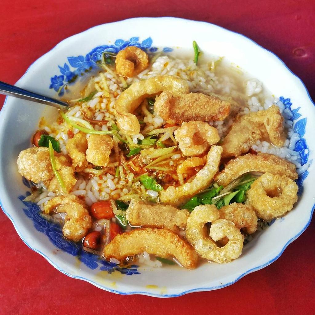 Dạo một vòng xứ Huế - thả sức ăn ngon như người địa phương