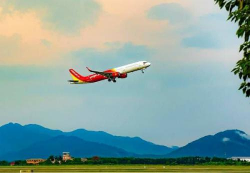 Các hãng hàng không khôi phục chuyến bay đến Đà Nẵng
