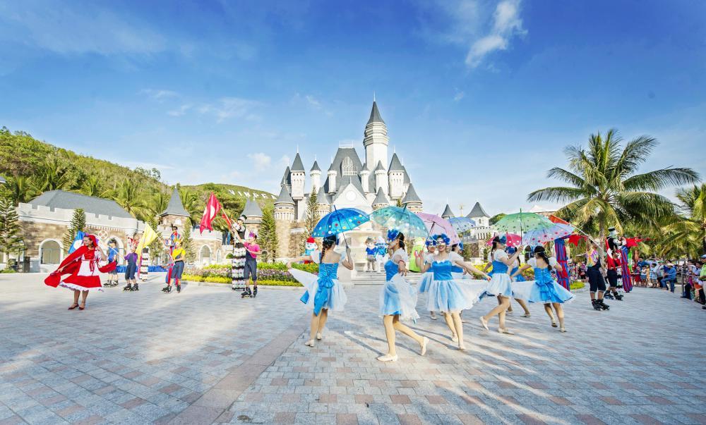 Nha Trang - Vinpearl Land {4N, Bay VN}