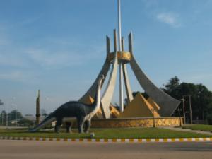 Đông Hà - Savannakhet - Vientiane - Thakhek
