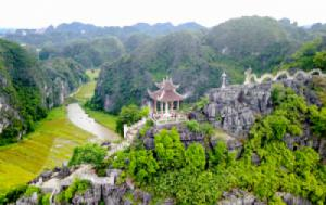 Hoa Lu – Tam Coc – Bai Dinh Pagoda – Trang An 2 Days 1 Night Tour