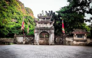 Hoa Lu – Tam Coc – Mua Cave – Thung Nham 2 Days 1 Night