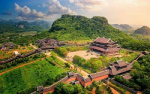 Bai Dinh Pagoda – Trang An – Mua Cave – Cuc Phuong National Park Private  2 Days 1 Night