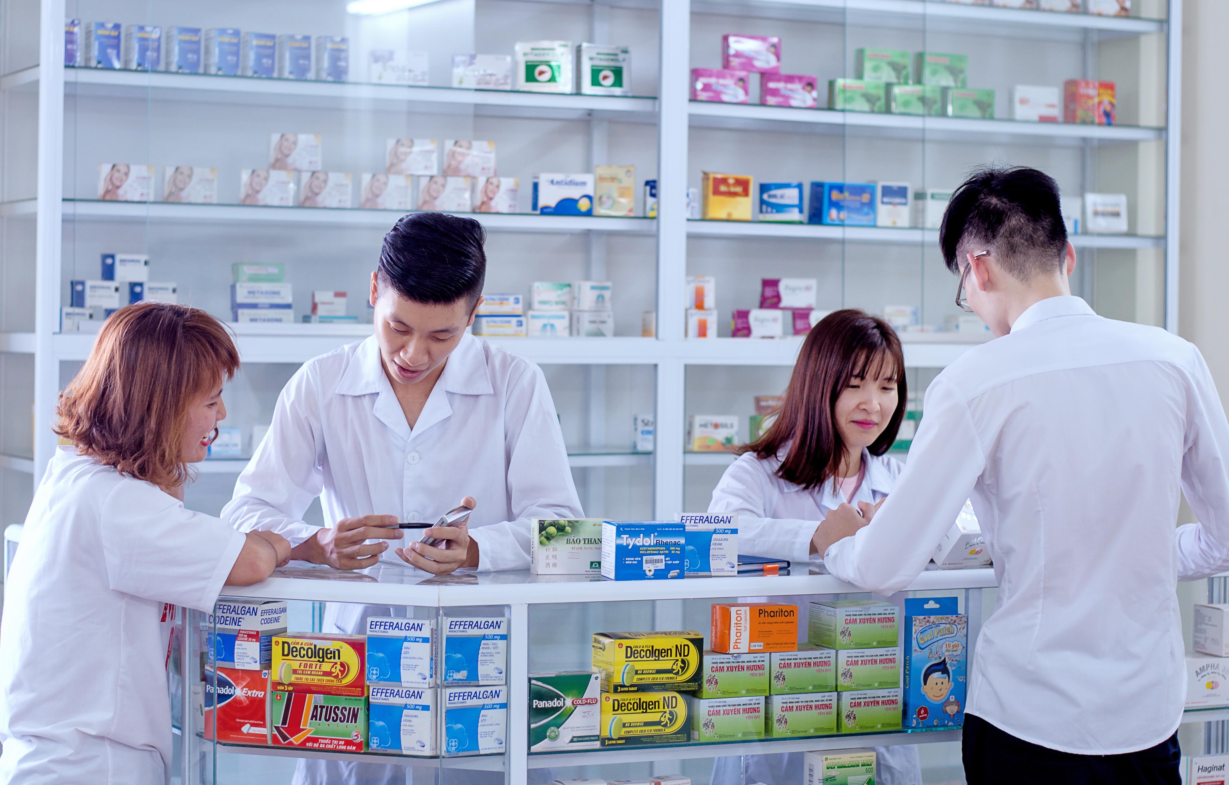 Kết quả hình ảnh cho ngành dược là gì